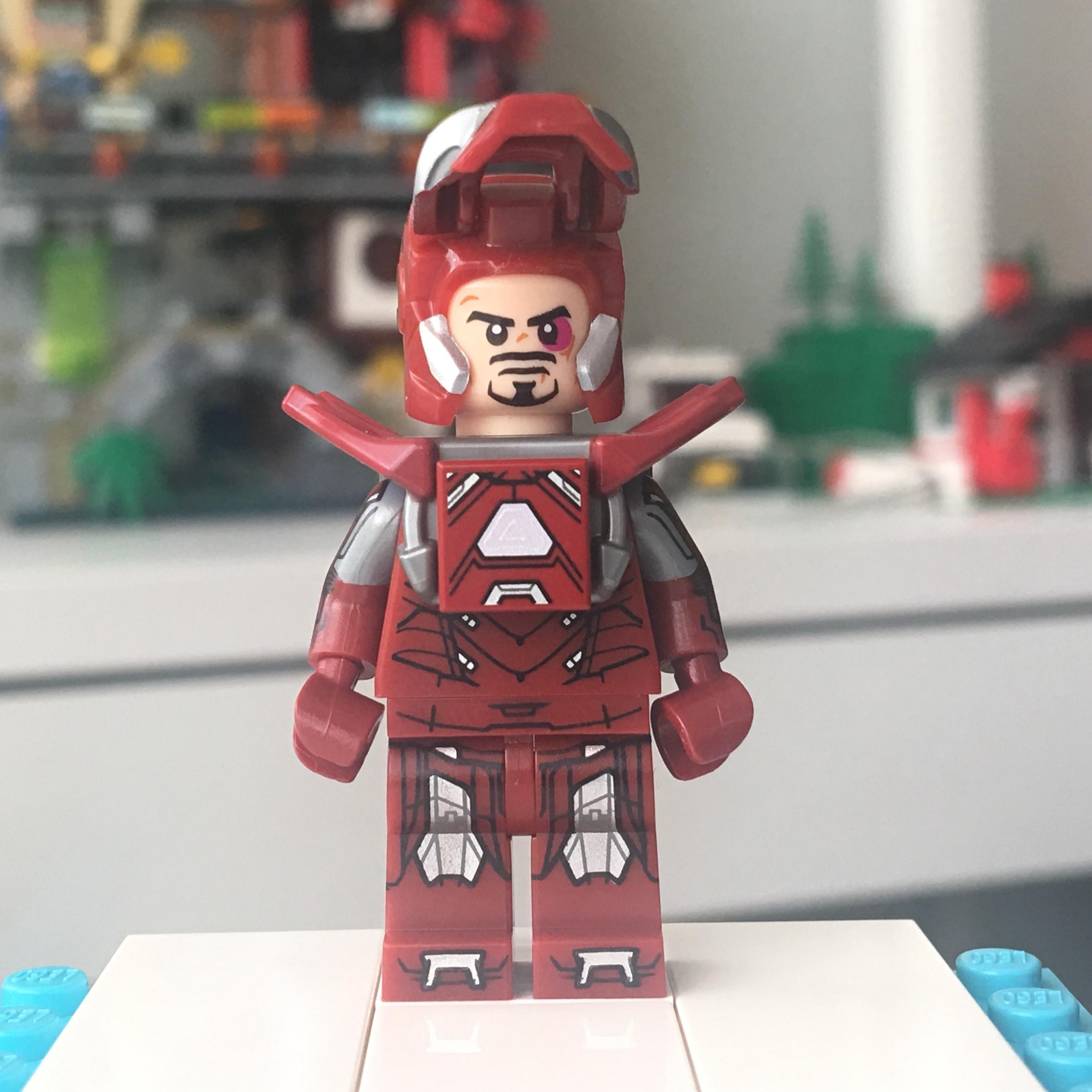 Custom Arcade Marvel Super heroes minifigures ironman spiderman on lego bricks