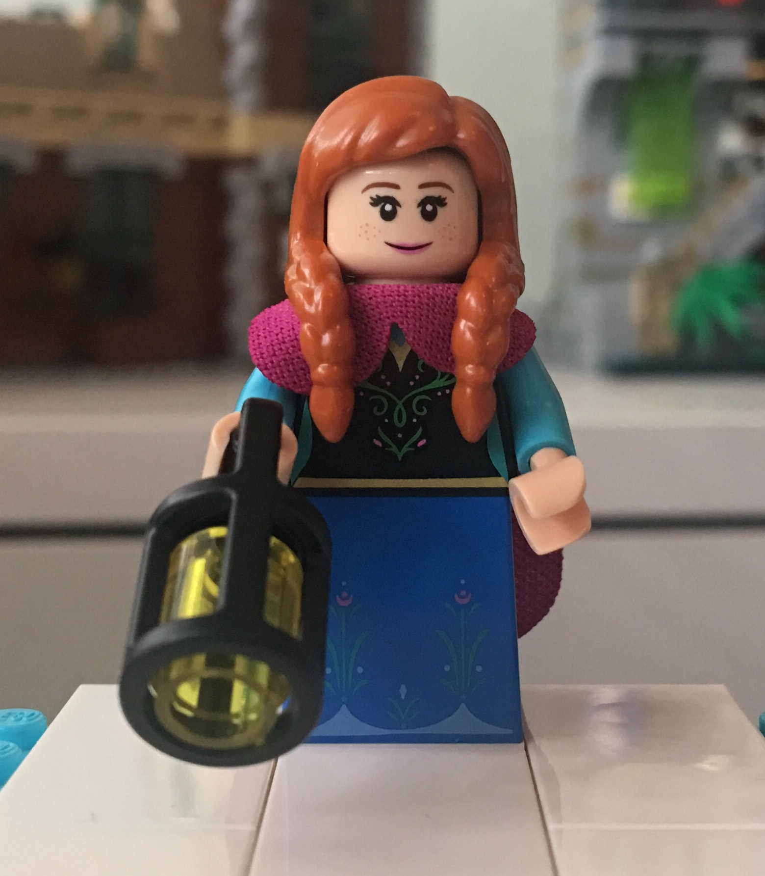 LEGO 4 NEW CASTLE MINIFIGURES PRINCESSES QUEENS FIGURES