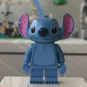 LEGO Disney Series 1 Stitch Minifigure