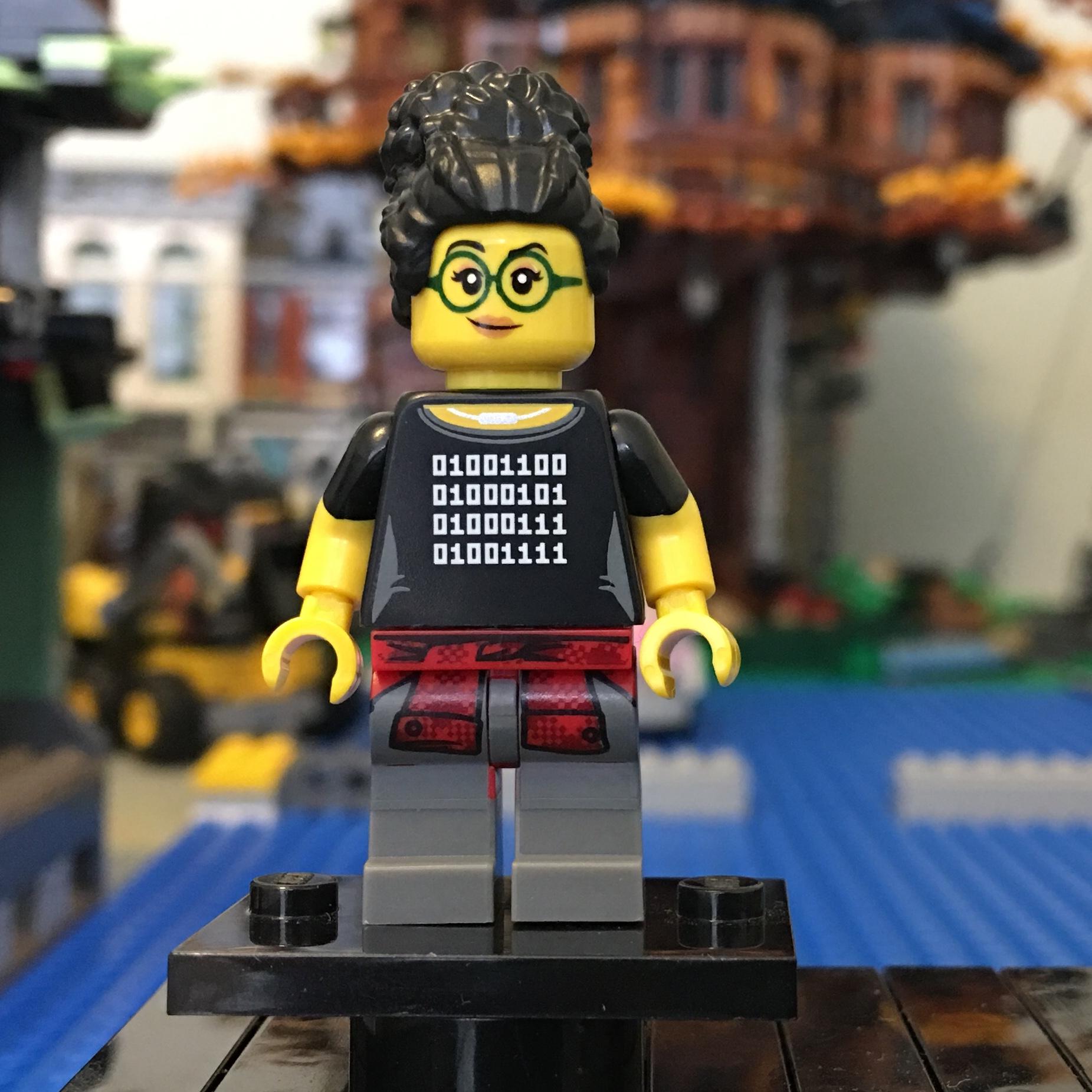 Series 19 col19-5 Lego Figure Programmer