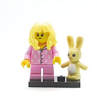 LEGO 71027 CMF 20 Girl in Pajamas 4