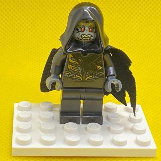 LEGO Corvus Glaive Minifigure