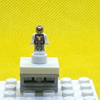 LEGO Trophy or nanofigure Ant-Man (White Jumpsuit)