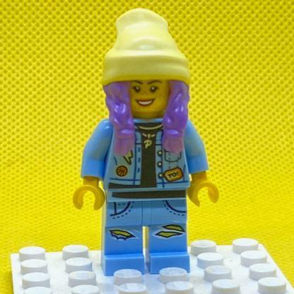 LEGO Parker L Jackson Minifigure - Denim Jacket with Beanie (Smile / Grumpy)