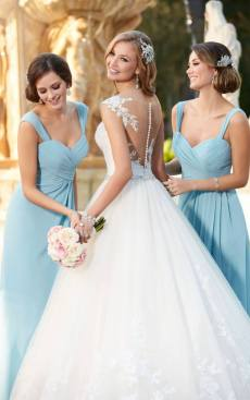 Wedding Dress Sample Sale, The bridal boutique warwickshire