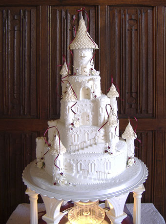 princess castle wedding cake bridal guide castle wedding cakes for the 18765