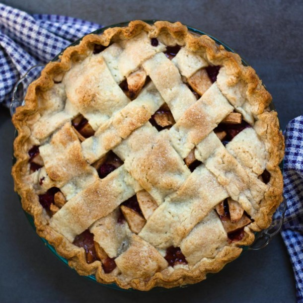 Pear Apple Cranberry Pie