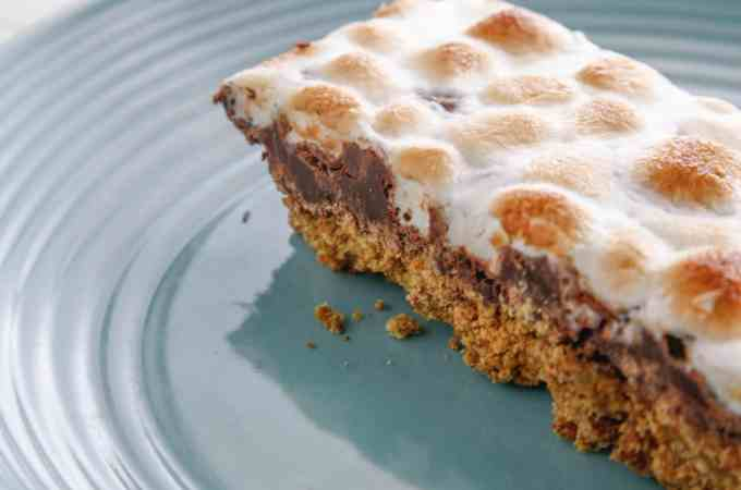 Toasted S'mores Bar