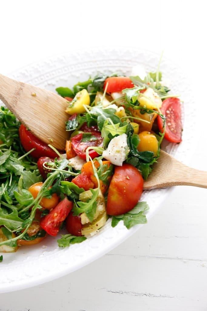 Heirloom Tomato Arugula Salad with Fresh Mozzarella_-6