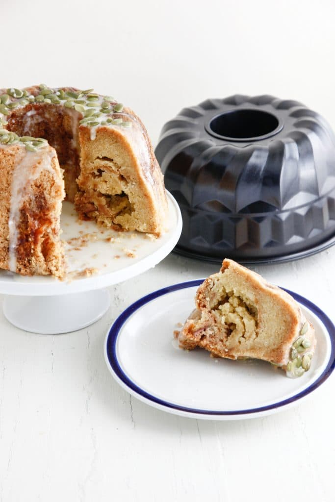 honey-apple-bundt-cake_-15
