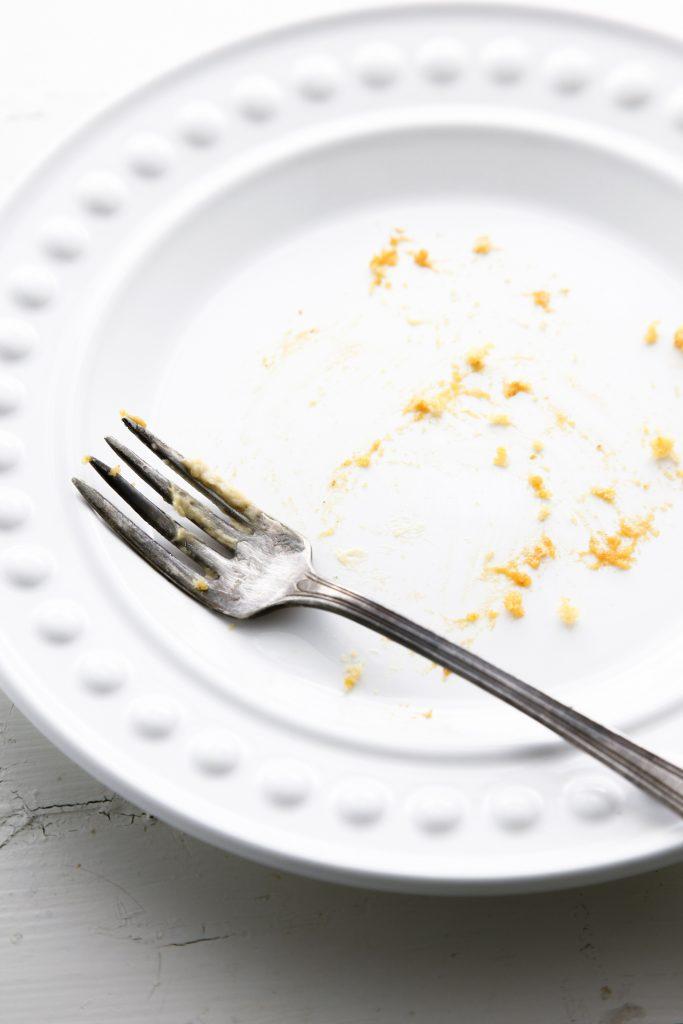 pumpkin-chiffon-cake-with-pumpkin-buttercream_-12
