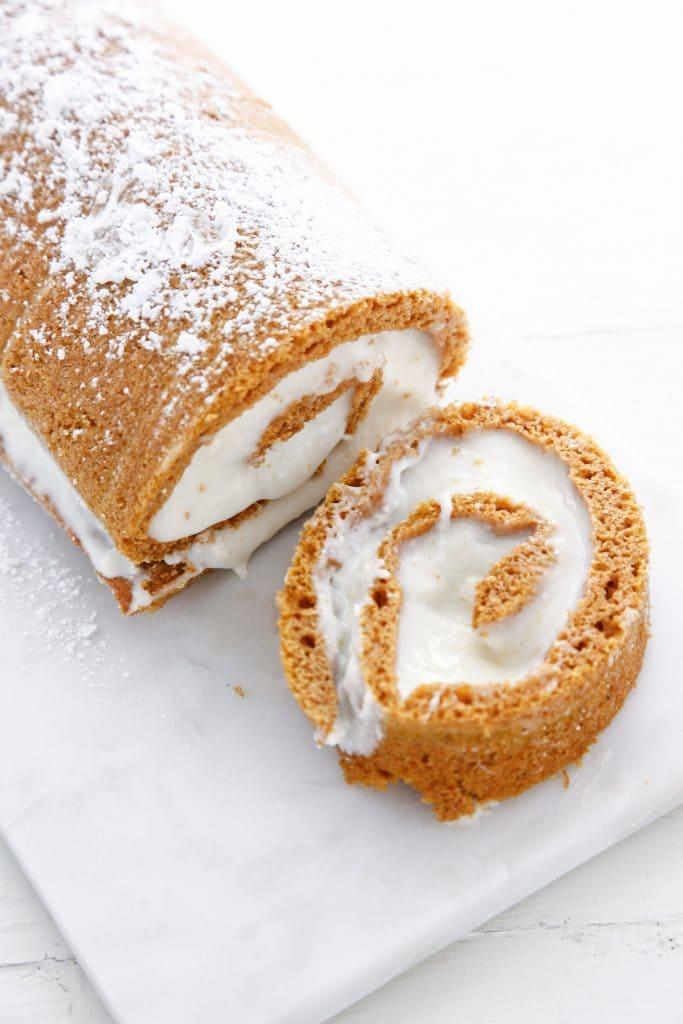 pumpkin-spice-roll_