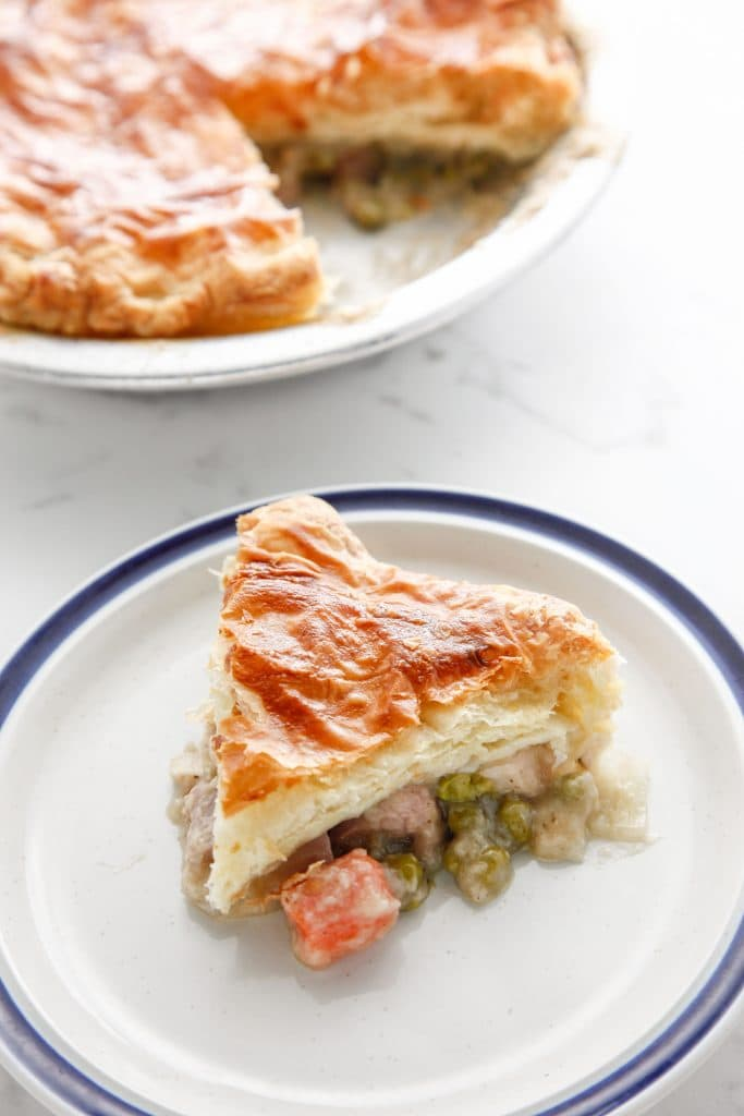 leftover-turkey-puff-pastry-pot-pie-4