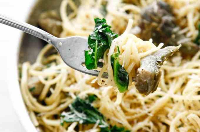 Buttery Artichoke and Kale Pasta