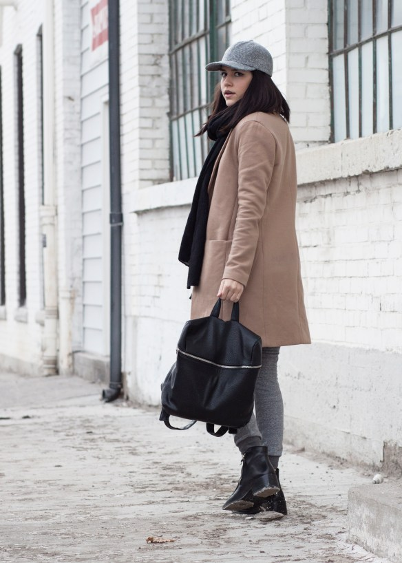 forever-21-faux-leather-backpack-camel-coat-streetstyle-3