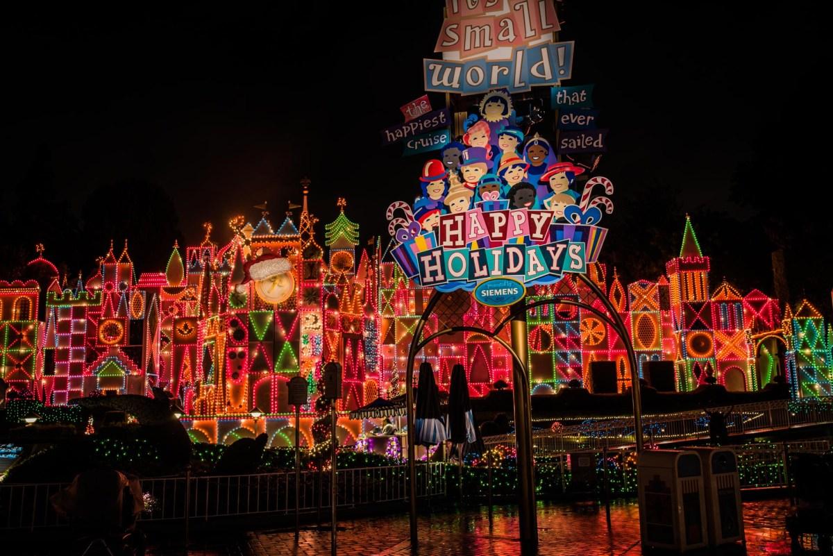Christmas at Disneyland - It's a Small World