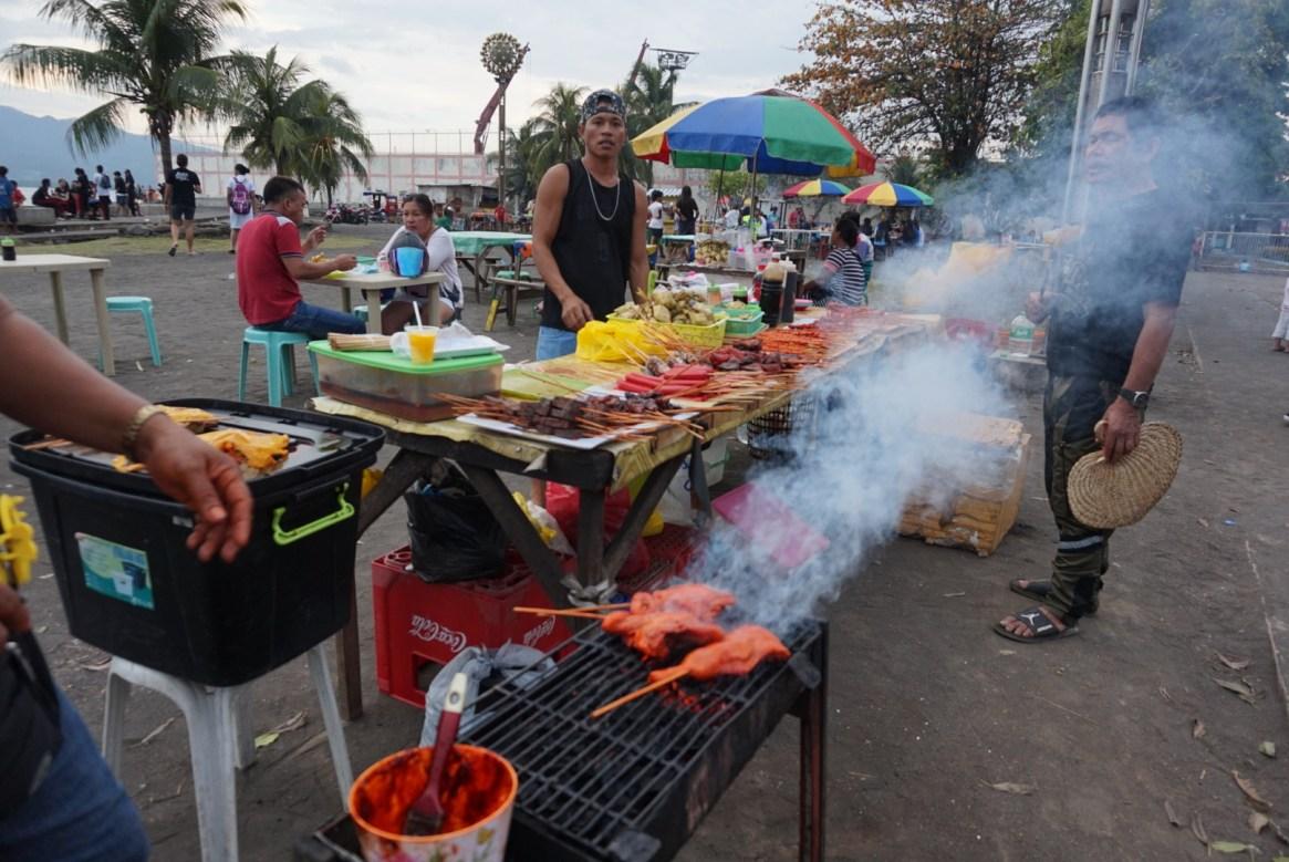 Cotta Beach, street food