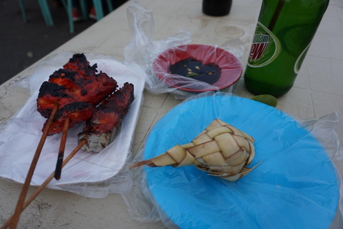 Cotta Beach, food