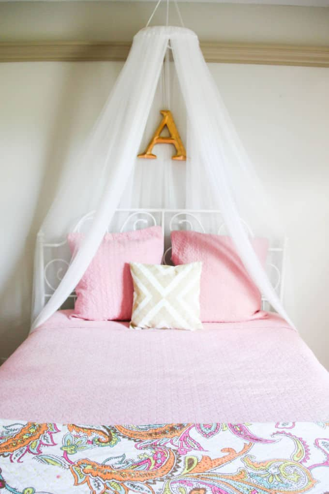 romantic diy bed canopies on a budget