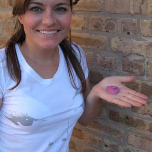 Piece of used bubble gum? No, it's a geocache! So clever!
