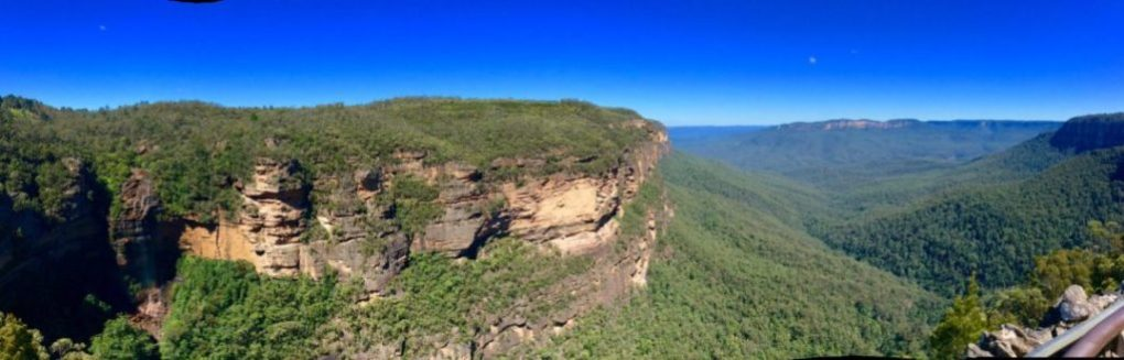 The Blue Mountains are a great place to get your hike on!