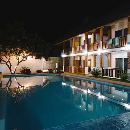 Pangloa and Bohol Island The scent of green papaya nighttime pool
