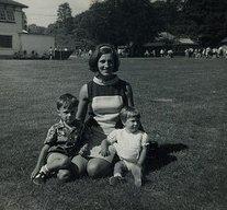 Loving family from 1970's