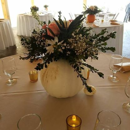 october-wedding-centerpiece