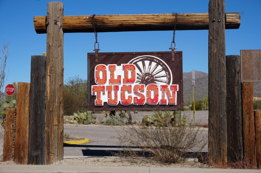 7 reasons to visit Old Tucson Studios with your family!