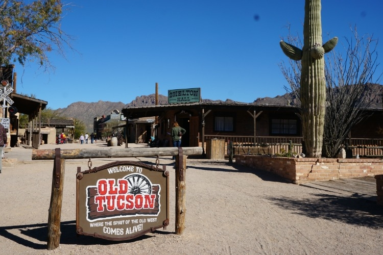 A visit to Old Tucson Studios is a family friendly place to visit. Keep reading to enter a giveaway for tickets to Old Tucson Studios!