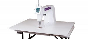 Midarm Quilting Machine Comparison - The Caffeinated Quilter : small long arm quilting machines - Adamdwight.com