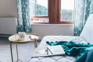 9 Journal Prompts for Anxiety
