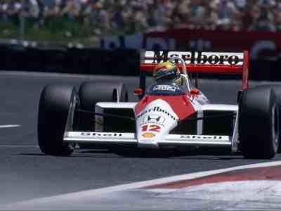McLaren-MP4-4-Senna-Prost-Marlboro