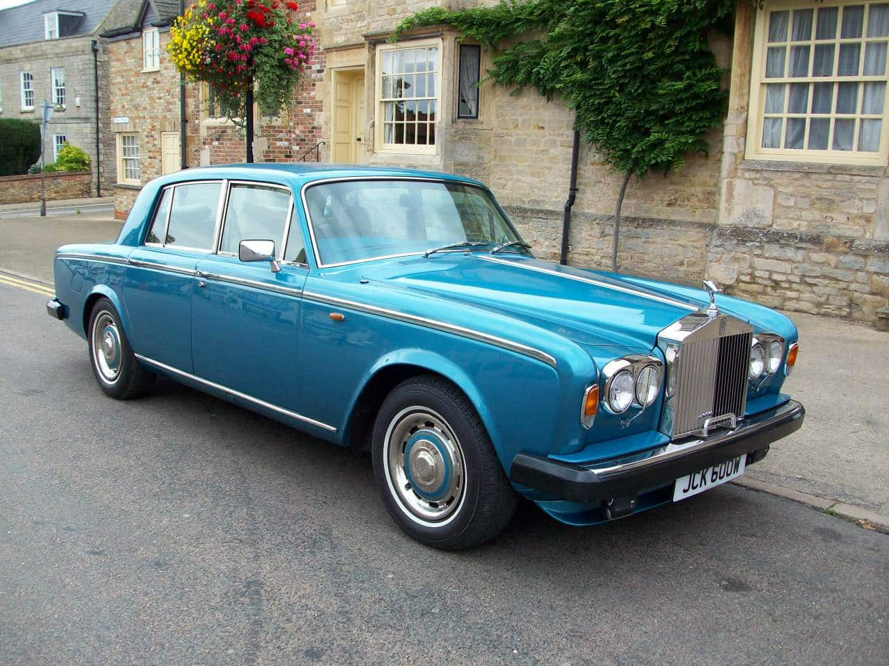 Rolls-Royce Silver Shadow - 10 cool cars for under £10,000 (The Car Expert)
