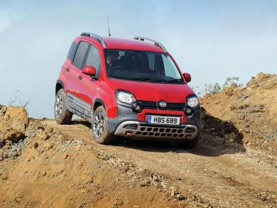 Fiat Panda Cross review (The Car Expert)