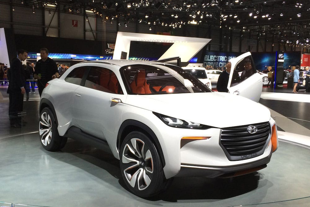 Hyundai Intrado concept car 01 (The Car Expert, 2014)