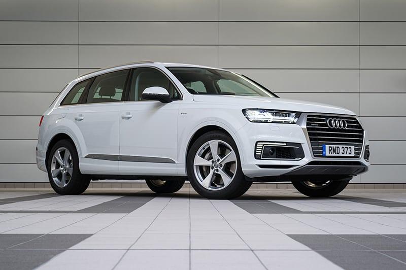Audi Q7 e-tron 01
