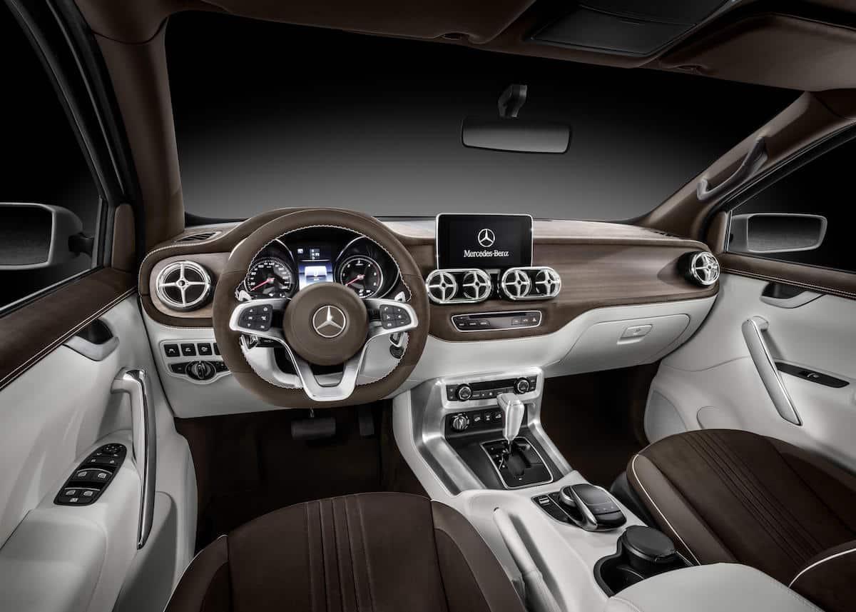 Mercedes-Benz X-Class 'Stylish Explorer' concept 01
