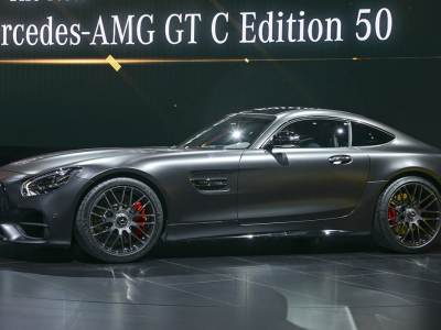 1701-Mercedes-AMG-GT-C-Coupe-03