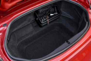 Mazda MX-5 RF inside 06