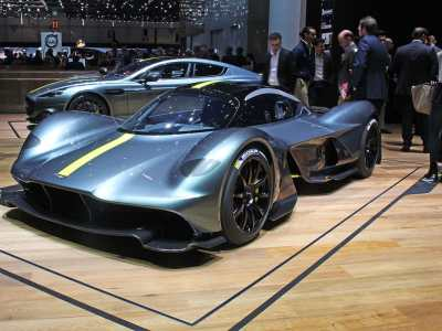 1703-Aston-Martin-Valkyrie