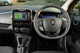 Renault ZOE dash