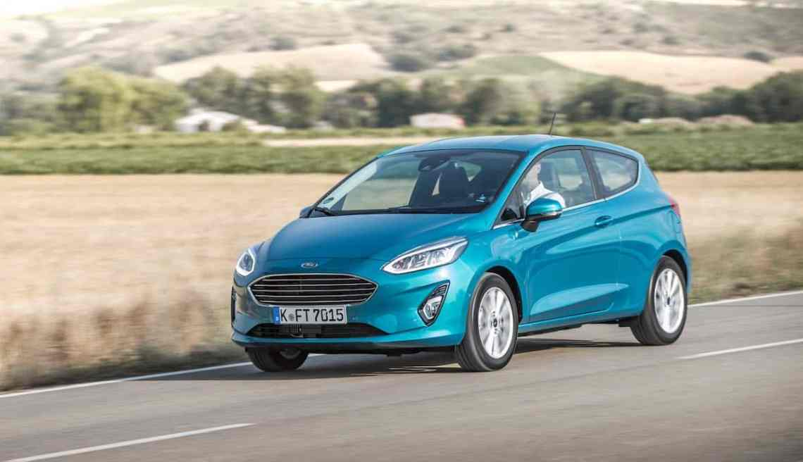 Ford Fiesta Titanium - blue wave