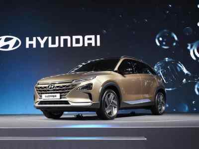 1708-Hyundai-Fuel-Cell-SUV-01