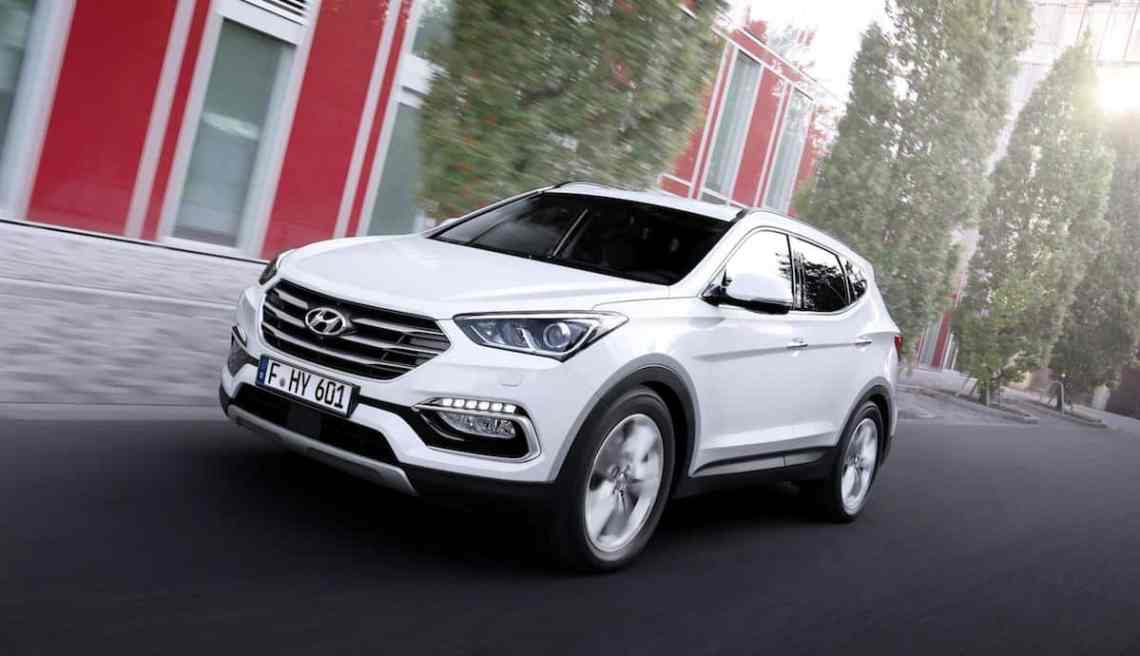 Hyundai Santa Fe models get a £5,000 part-exchange allowance