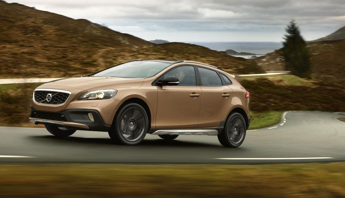 Volvo V40 Cross Country (without safety pack)