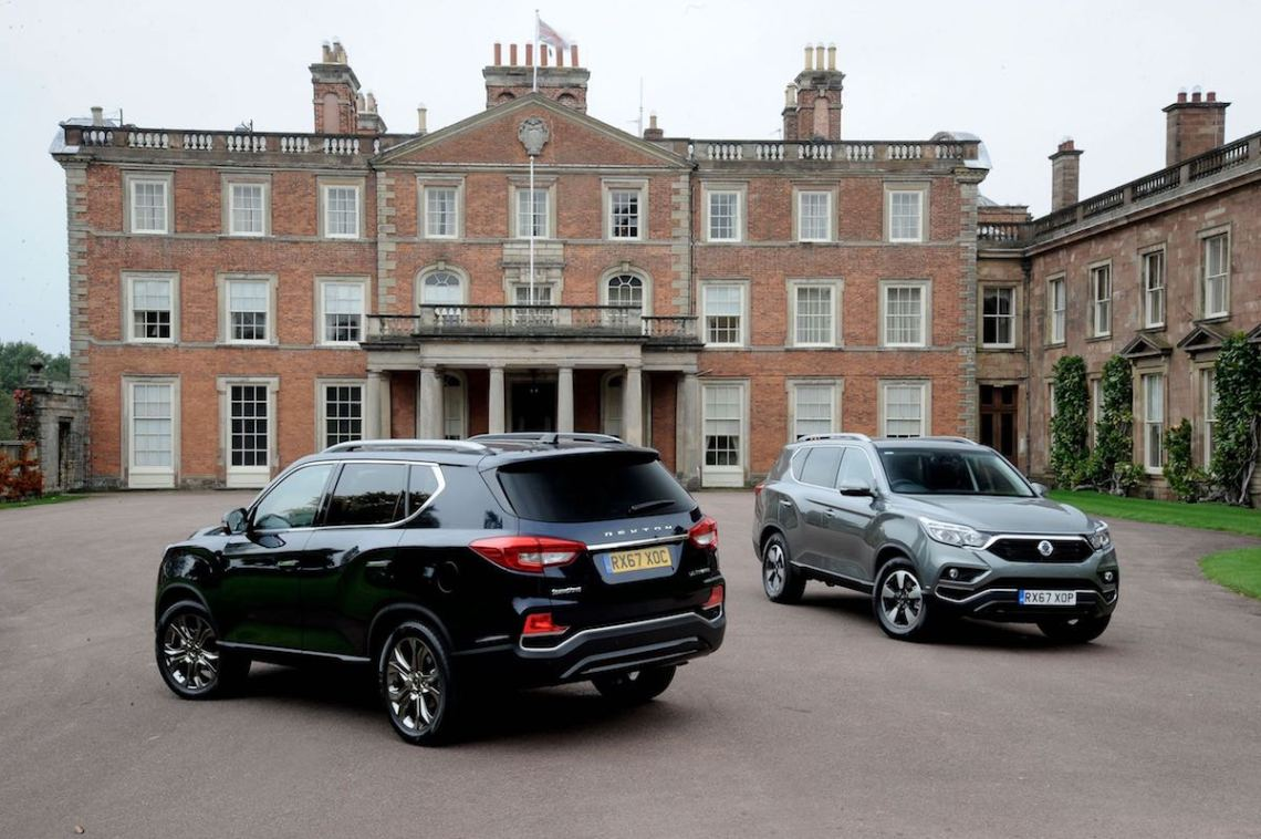 SsangYong Rexton static front and rear