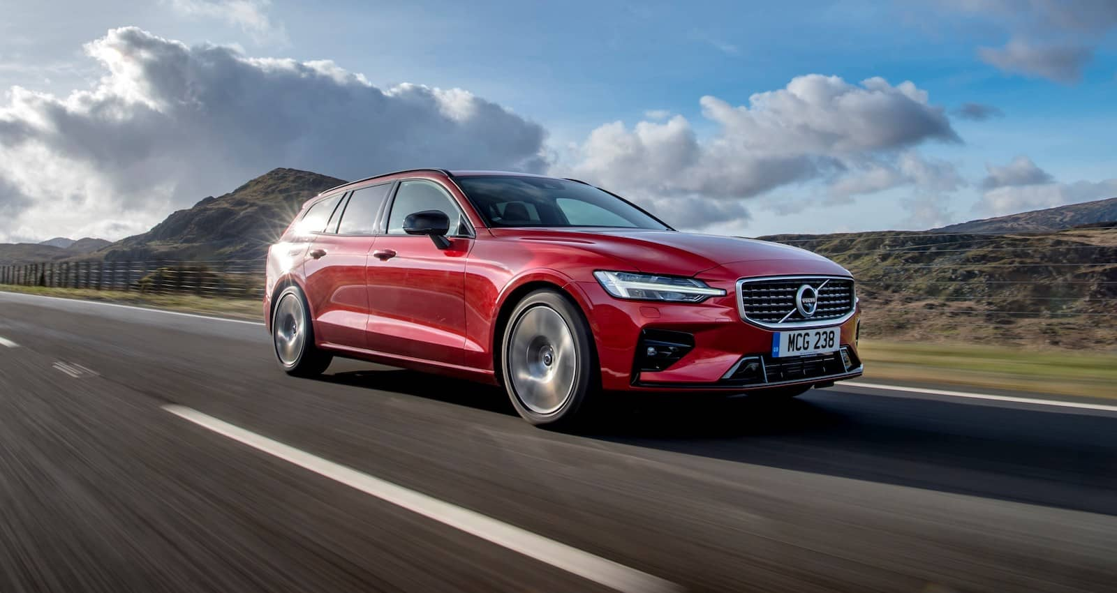 Volvo V60 (2018) new car ratings and reviews | The Car Expert