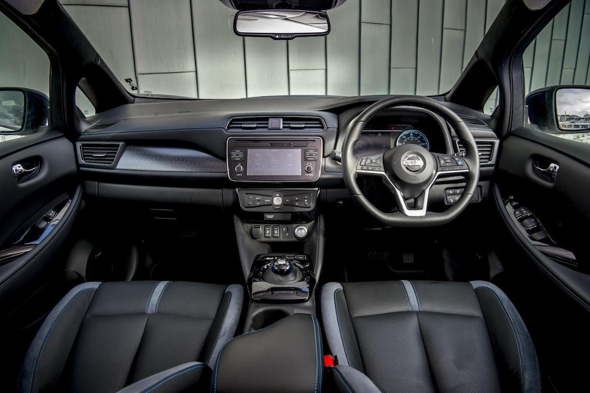 Nissan Leaf (2018) interior and dashboard | The Car Expert