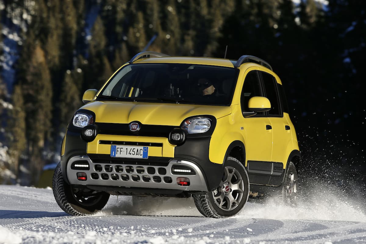Fiat Panda Cross (2019 - present) - front view | The Car Expert